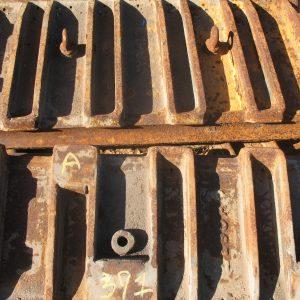 # K 391 Kue Ken 120S T Plates-Seats-Pins  (3)