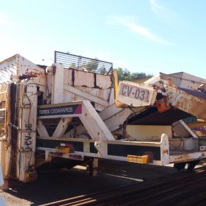 # K 694 Cedarapids Mobile Screening Trailer C-W Conveyors Screen TSH8203-36 Yr 2008 (3)