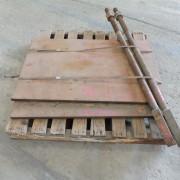 # K 877  1 Pallet C125 Toggle Plates  & Pull Bk RodsJPG (5)